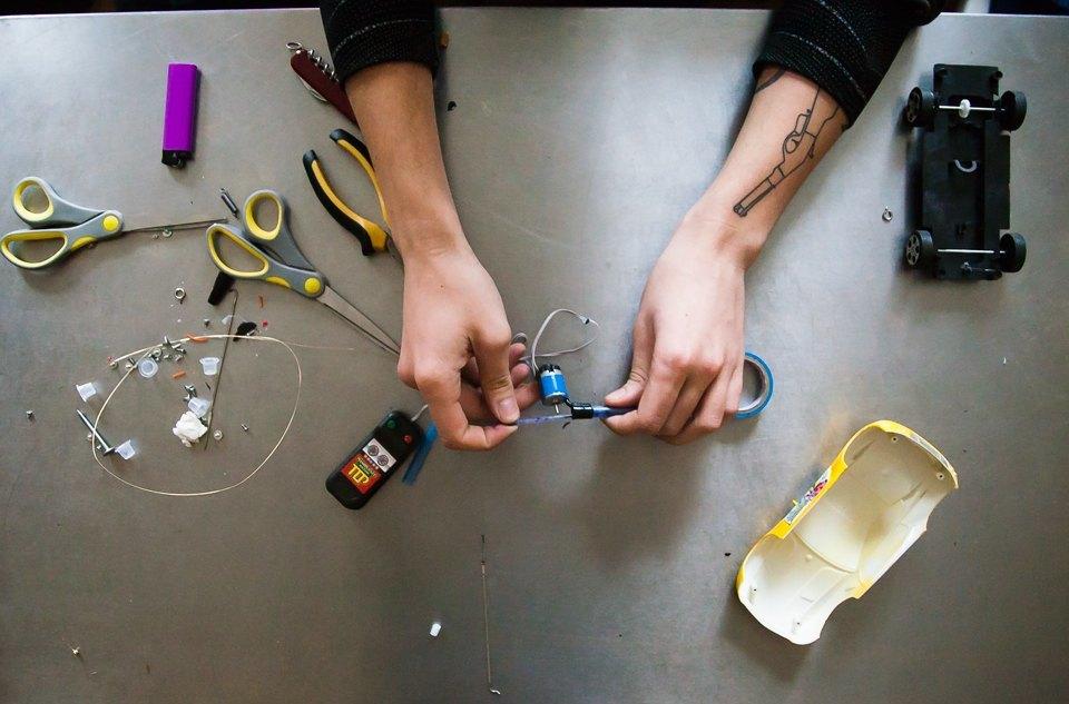Как сделать тату машинку в домашних условиях своими руками 64